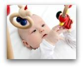 giocattoli usati per neonati