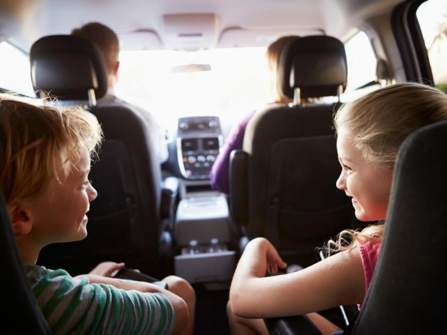 nuove normative seggiolini auto