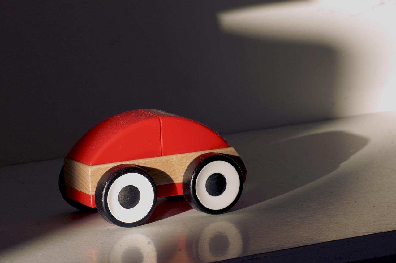 La nuova normativa sui seggiolini auto for Babybazar scorze